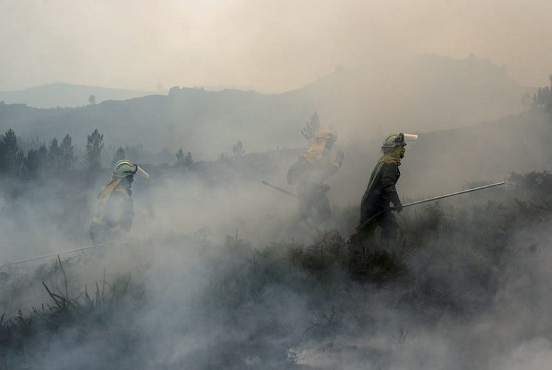 Incêndios: Em resolução fogo no parque Peneda-Gerês - Proteção Civil
