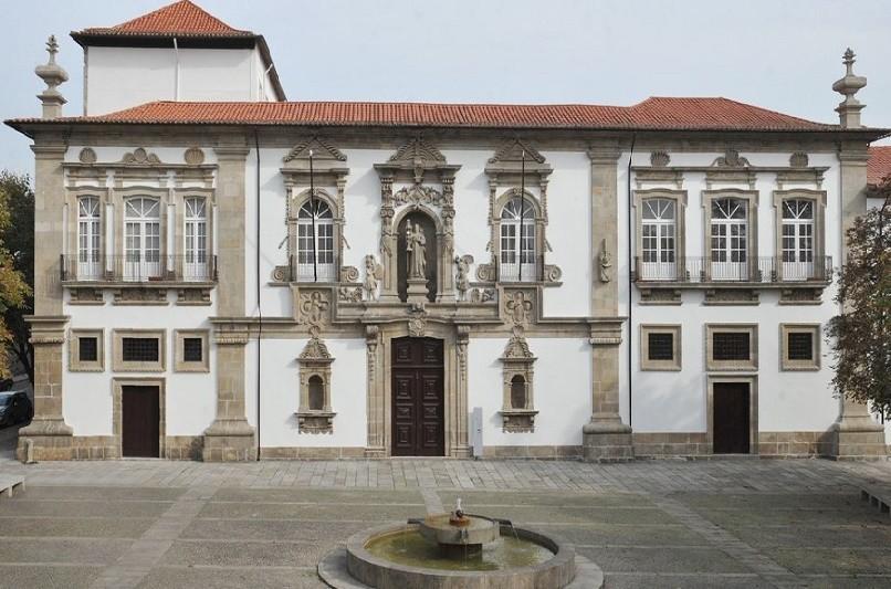 Câmara de Guimarães aprovou Orçamento de 115,8 ME, oposição votou contra
