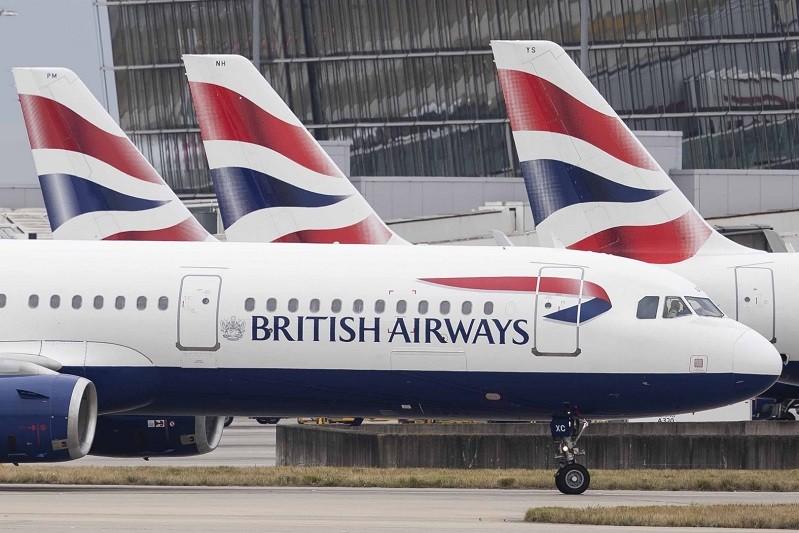 Governo britânico inclui Portugal nos corredores de viagem