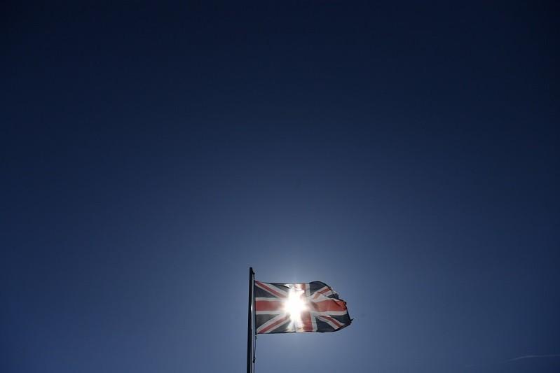 Covid-19: Dívida acumulada do Reino Unido chega a 100,5% do PIB pela primeira vez