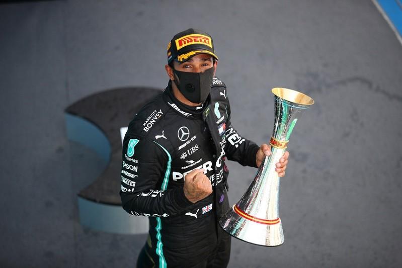 Hamilton vence GP da Bélgica e mantém domínio no Mundial de Fórmula 1