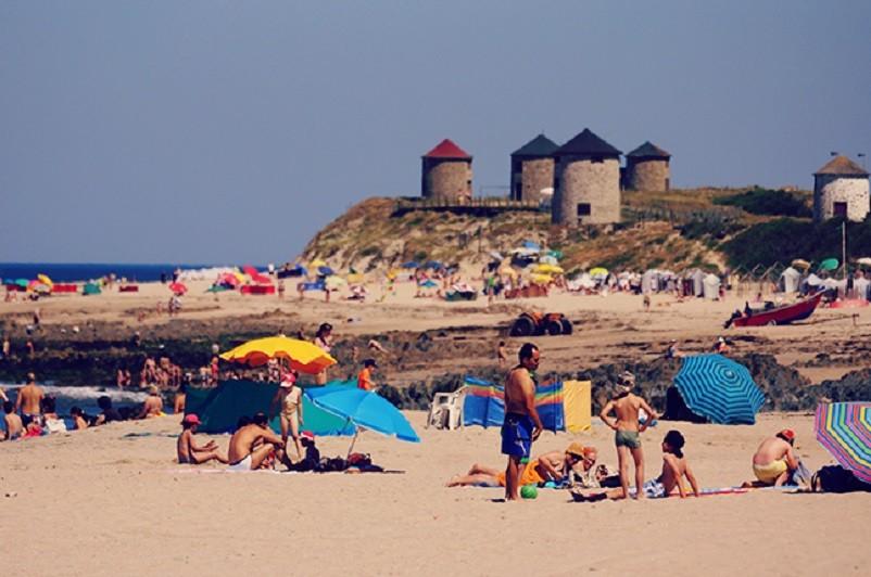 Época balnear até 13 de setembro em 86 praias do Norte