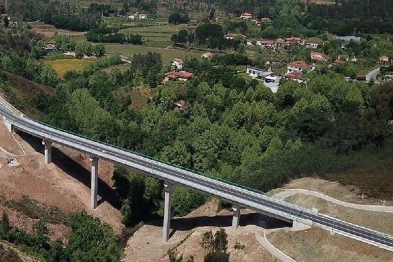 Nova ponte sobre o rio Tâmega em Mondim de Basto abre ao trânsito na terça-feira