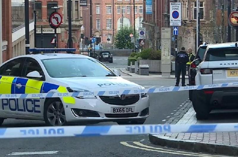 Várias pessoas esfaqueadas em Birmingham na Inglaterra - Policia
