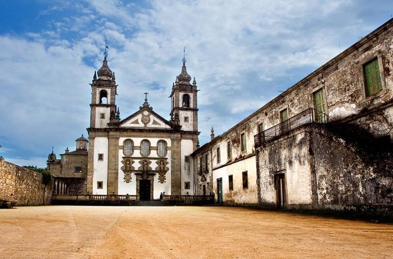 Mosteiro em Amares