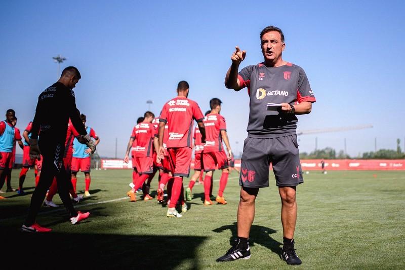 Carlos Carvalhal quer muita gente a atacar no Braga com uma equipa equilibrada