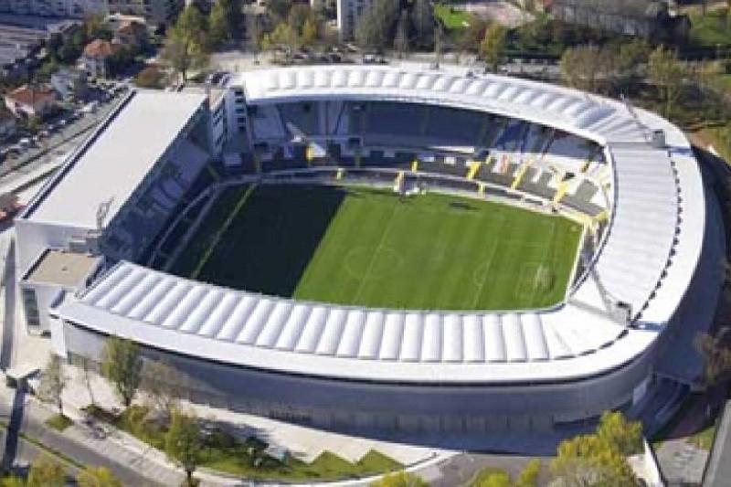 Covid-19: Vitória sorteia 40 sócios para verem jogos na tribuna presidencial