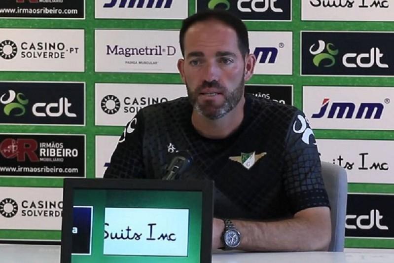 Covid-19: Treinador do Moreirense está infetado e falha jogo com o Rio Ave