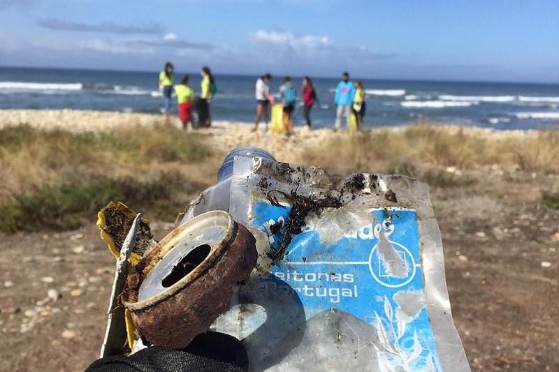 Esposende: Voluntários recolhem cerca de uma tonelada de lixo em cinco praias