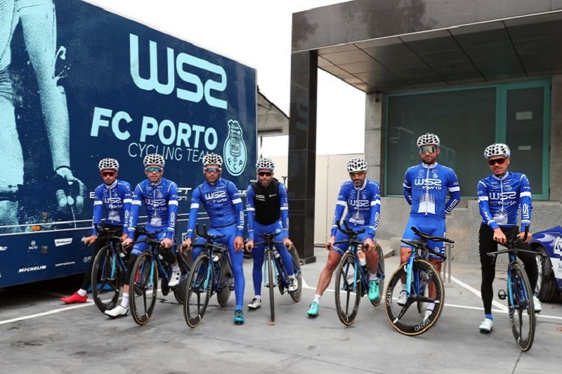 Volta a Portugal: Gustavo Veloso vence prólogo em Fafe e é o primeiro líder