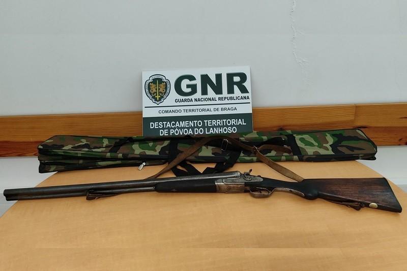 Amares: GNR apreende caçadeira a homem suspeito de ameaças
