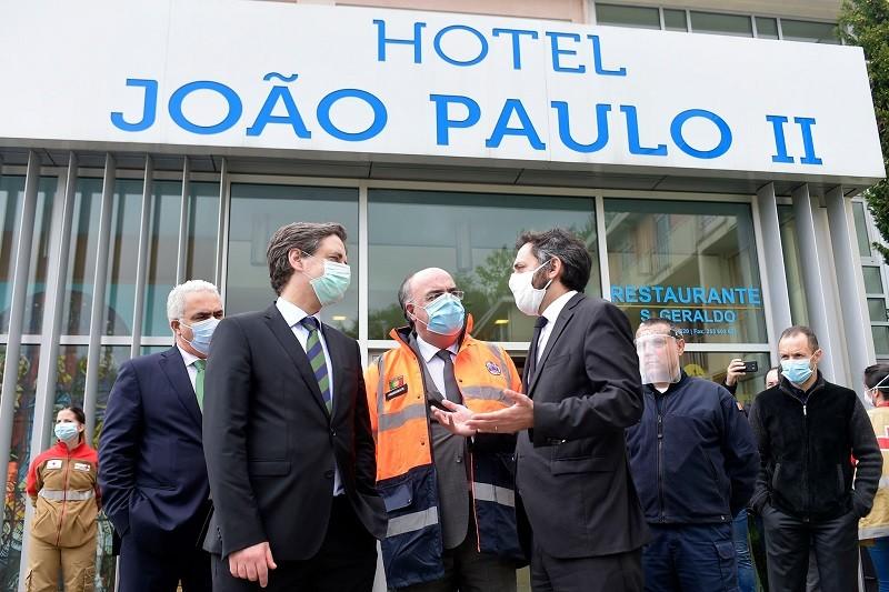 Covid-19: Unidade de retaguarda com 27 camas reativada em hotel de Braga