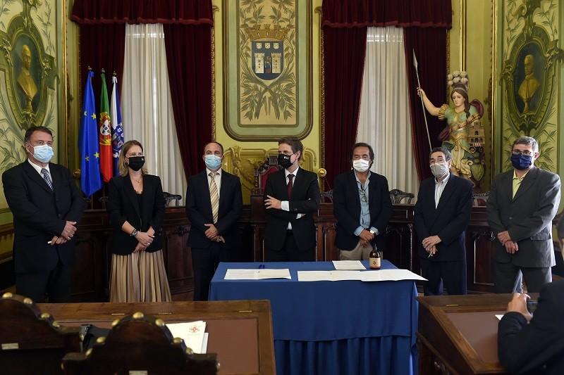 Câmara de Braga celebra acordo histórico que repõe benefícios aos funcionários