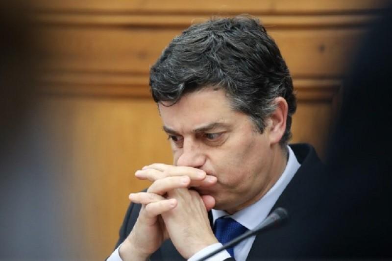 Caldeira Cabral diz que orçamento tem de mostrar 'que não estamos a voltar a políticas de austeridade'