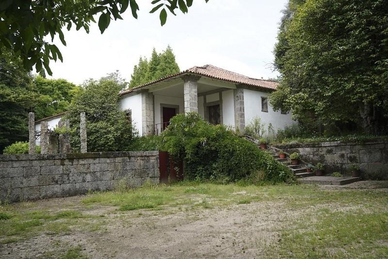 Casa e quinta da Covilhã em Guimarães classificadas como de interesse público