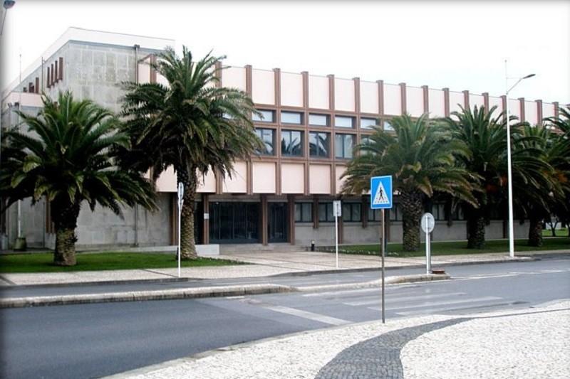 MP acusa 4 arguidos de burla informática após tirarem 2.898 euros de conta bancária