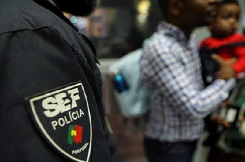 Trabalhadores não policiais do SEF estão hoje em greve