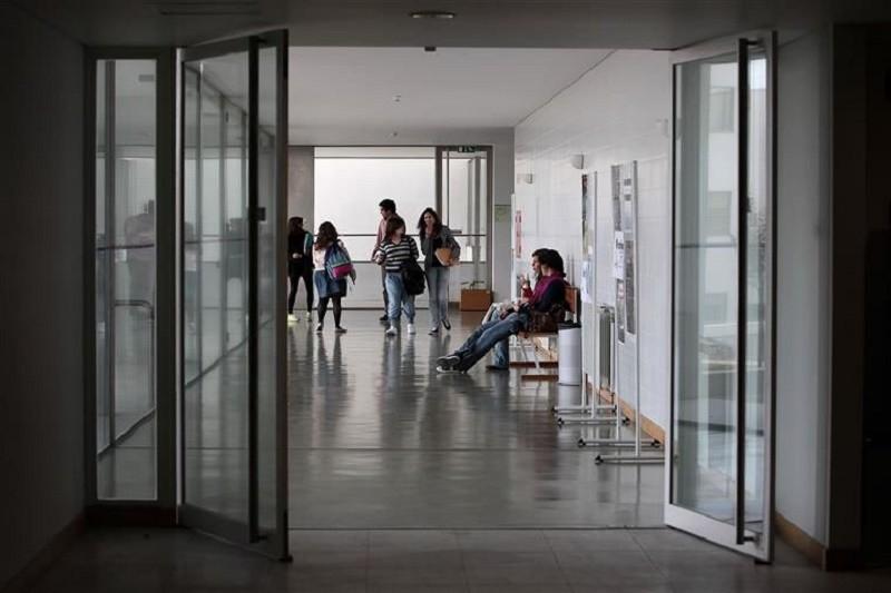 Há três mil vagas no ensino superior para alunos que concorrem à 3.º fase