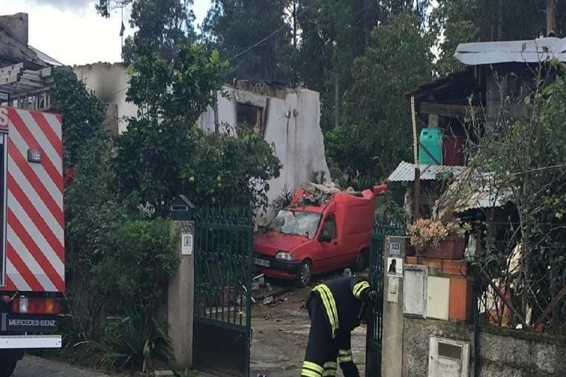 Sete desalojados após Incêndio que destruiu habitação em Barcelos