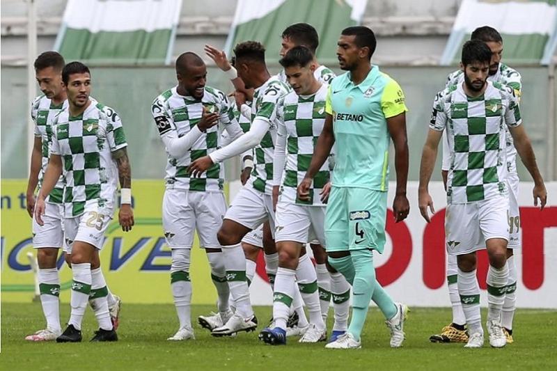 Moreirense regressa às vitórias na receção ao Marítimo