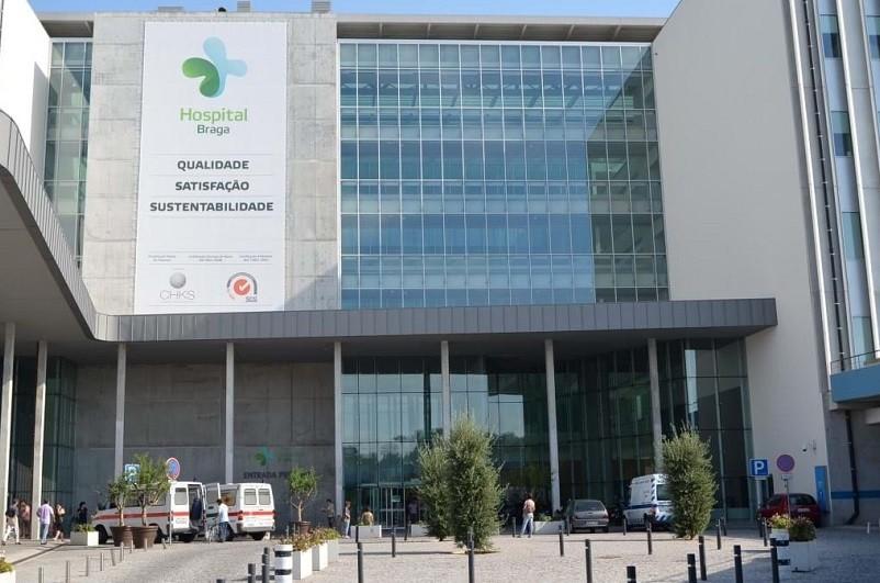 Covid-19: Hospital de Braga em obras, enfermeiros criticam