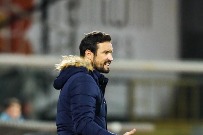César Peixoto rende Ricardo Soares no comando técnico do Moreirense