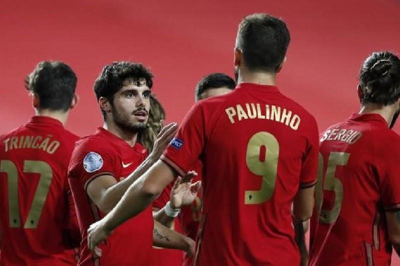 Portugal goleia 'frágil Andorra por 7-0 em jogo particular