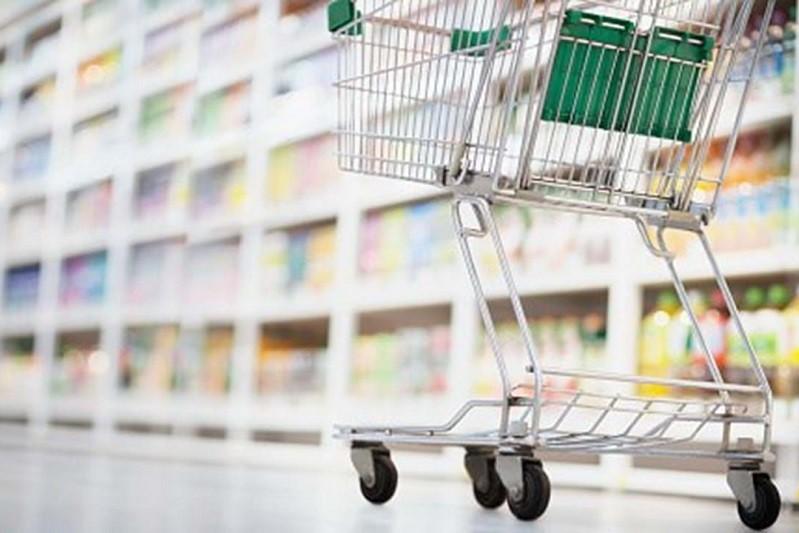 AMARES: Câmara autoriza comércio a abrir às 08:00 nos próximos fins de semana