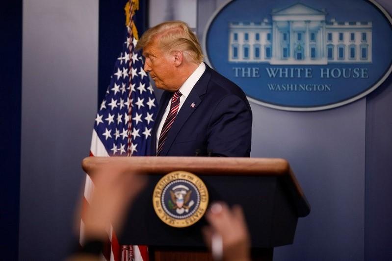 EUA/Eleições: Trump admite pela primeira vez hipótese de derrota
