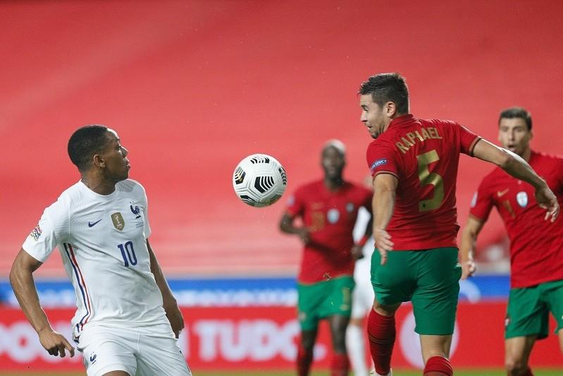 Liga das Nações: Portugal perde com França e está fora das meias-finais