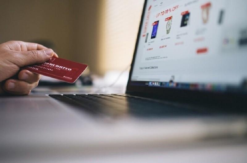 Covid-19: Uso da Internet para educação duplicou na pandemia e aumentaram compras online