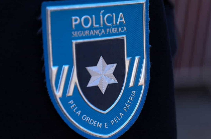 FAMALICÃO: PSP deteve dois jovens por furto em estabelecimento comercial