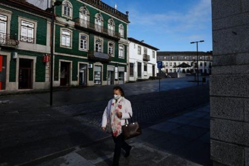 Covid-19: Nove concelhos com mais de dois mil casos por 100 mil habitantes - DGS