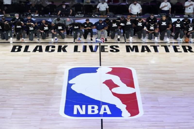Papa recebeu 'estrelas' da NBA que lutam contra o racismo e as injustiças sociais
