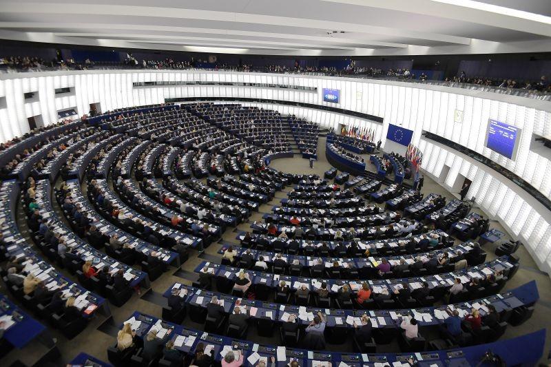 Covid-19: PE aprova 37,5 ME para Portugal enfrentar pandemia