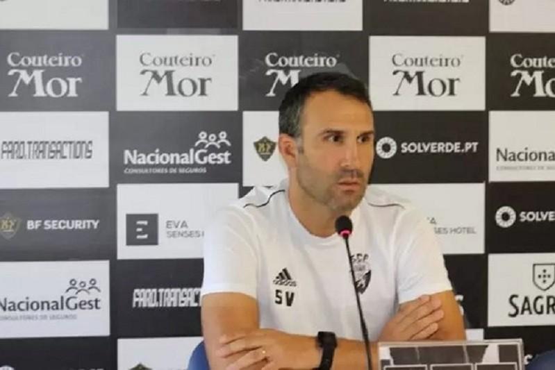 Sérgio Vieira quer Farense ambicioso para superar qualidade do Braga