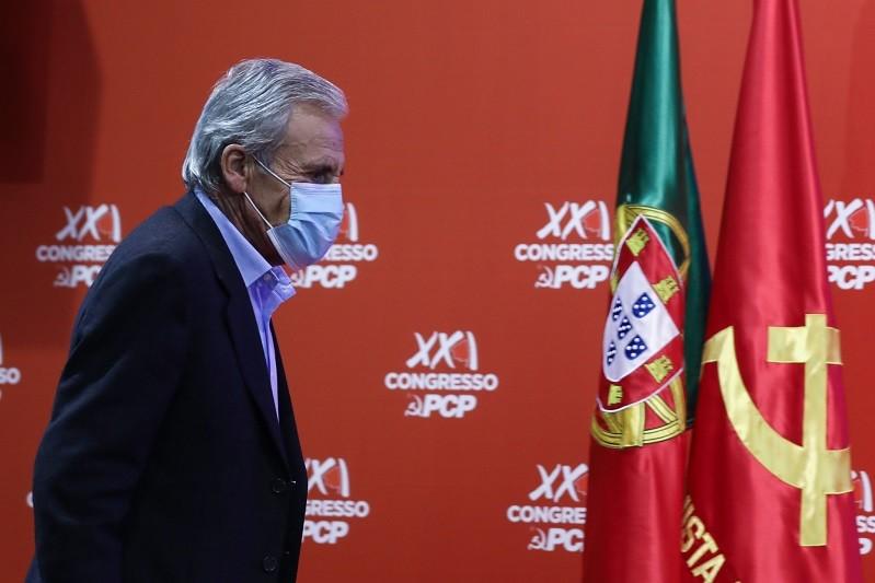 PCP/Congresso: Jerónimo de Sousa eleito líder pela quinta vez