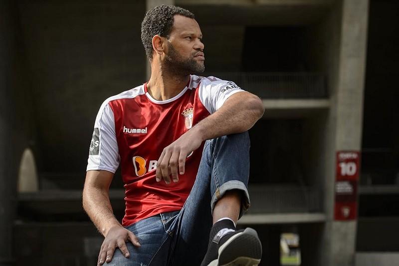 Rolando fica de fora da deslocação do Sporting Clube de Braga ao AEK Atenas