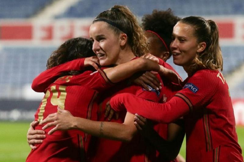 Portugal vence Albânia e pode assegurar já um dos dois primeiros lugares no grupo