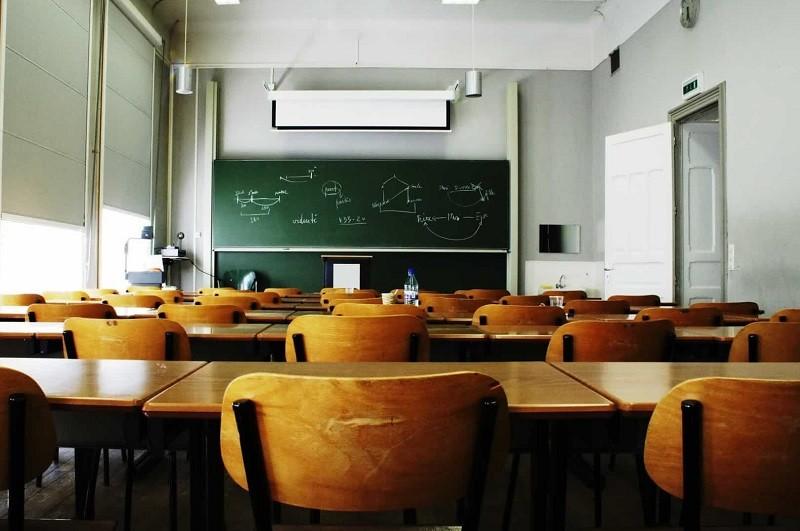 Covid-19: Sindicato defende uniformização de procedimentos nas escolas