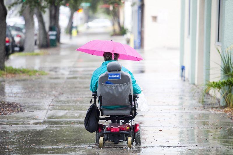Covid-19: Pessoas com deficiência esquecidas no plano de vacinação - Associação Salvador
