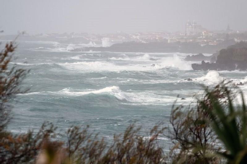 Vários distritos do continente sob aviso amarelo devido à agitação marítima e vento