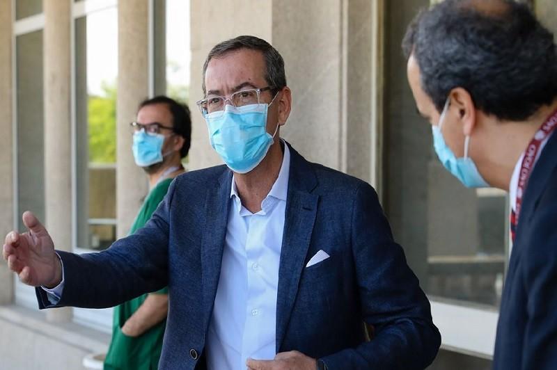 Bastonário da Ordem dos Médicos diz que ministra demitiu-se de liderar