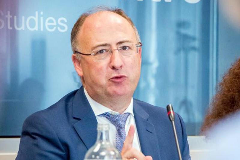 José Manuel Fernandes negoceia InvestEU com Conselho Europeu