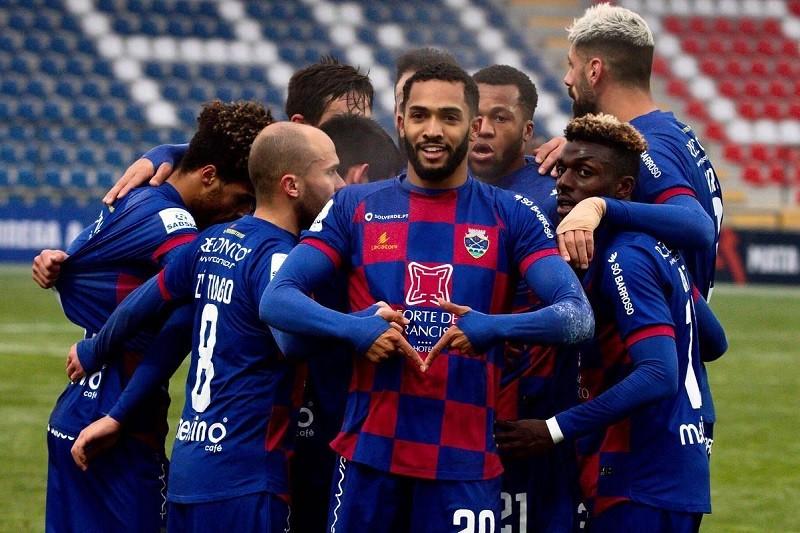 Desportivo de Chaves vence em Mafra e ultrapassa saloios na classificação da II Liga