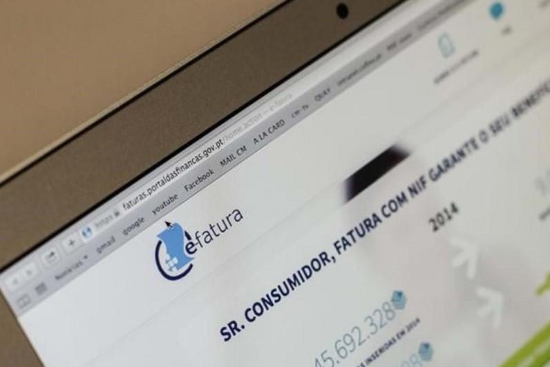 Problema técnico impediu validação de faturas de 2020 no Portal das Finanças