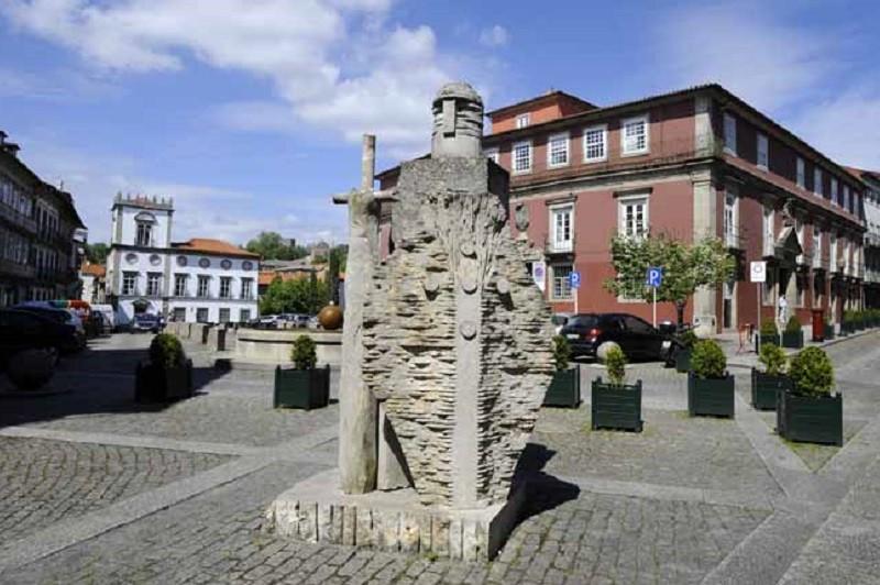 Guimarães destaca