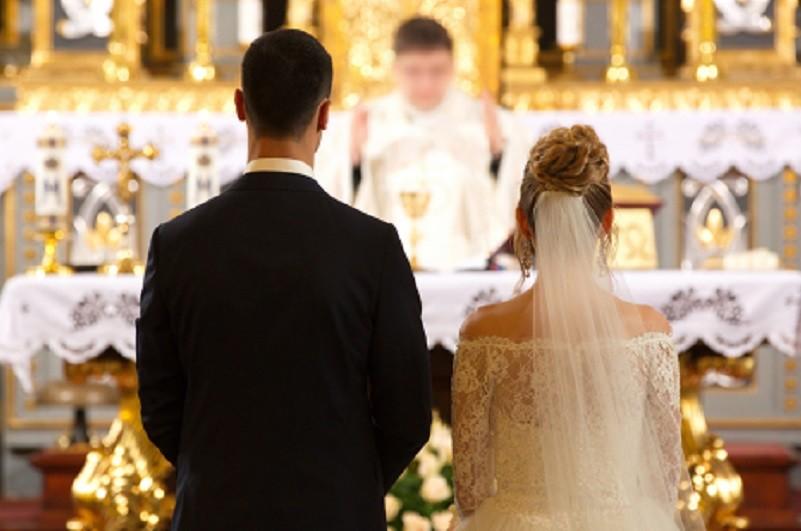 Arquidiocese de Braga quer que padres controlem escolhas musicais nos casamentos