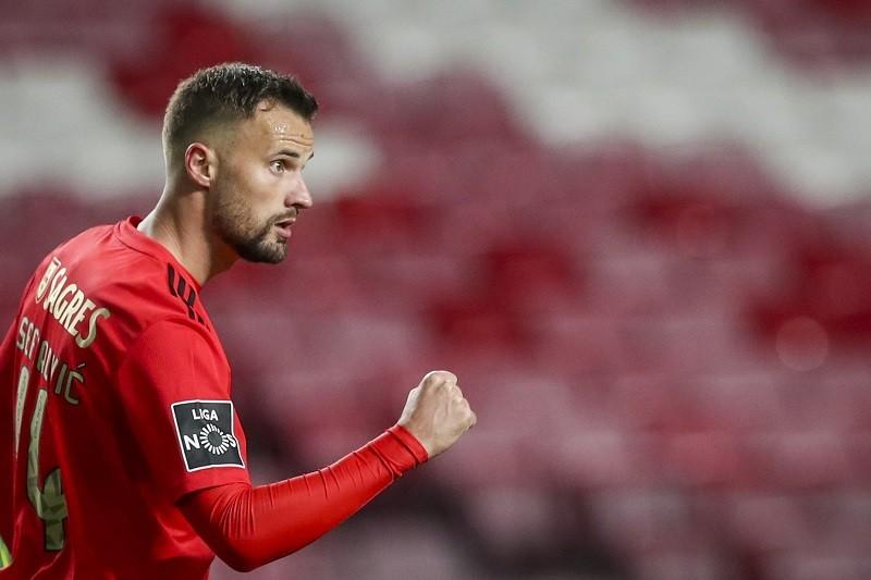 Benfica vence Tondela e mantém-se a quatro pontos do Sporting