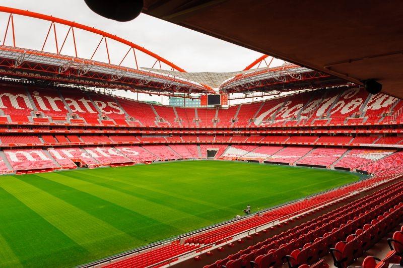 Benfica e FC Porto disputam hoje primeiro 'clássico' da Liga 2019/20